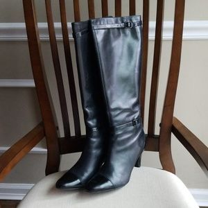 Clarks artisan leather heeled boot
